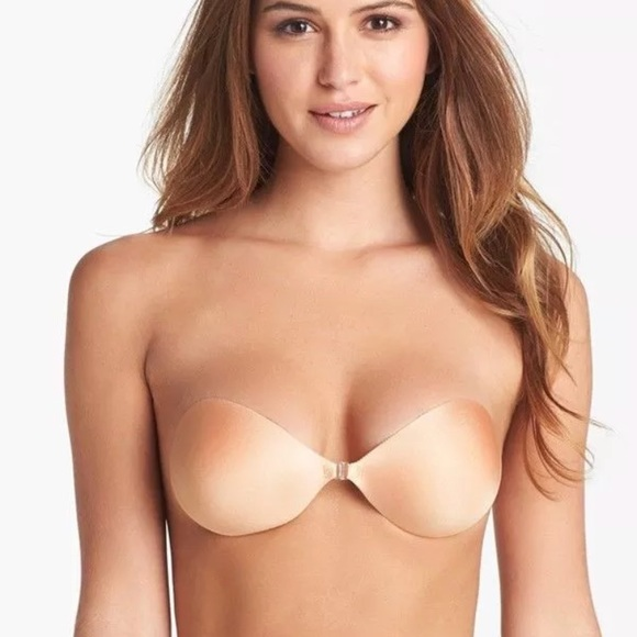 e0badcdde90fd Nubra push up self adhesive bra